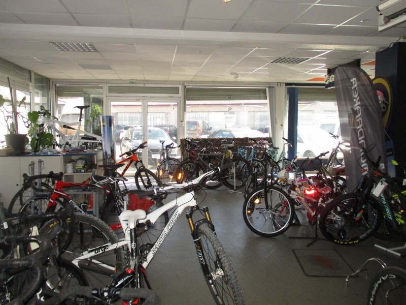 Commercial lease transfer shop Nimes 12 000€ - Picture 2