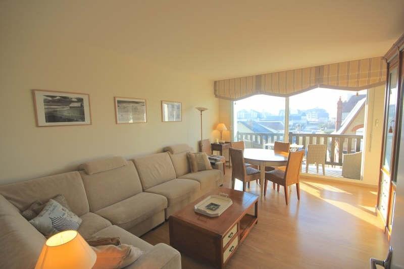 Deluxe sale apartment Blonville sur mer 330000€ - Picture 4