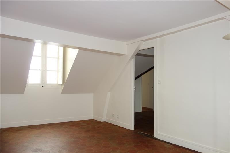 Location appartement Versailles 1 500€ CC - Photo 1