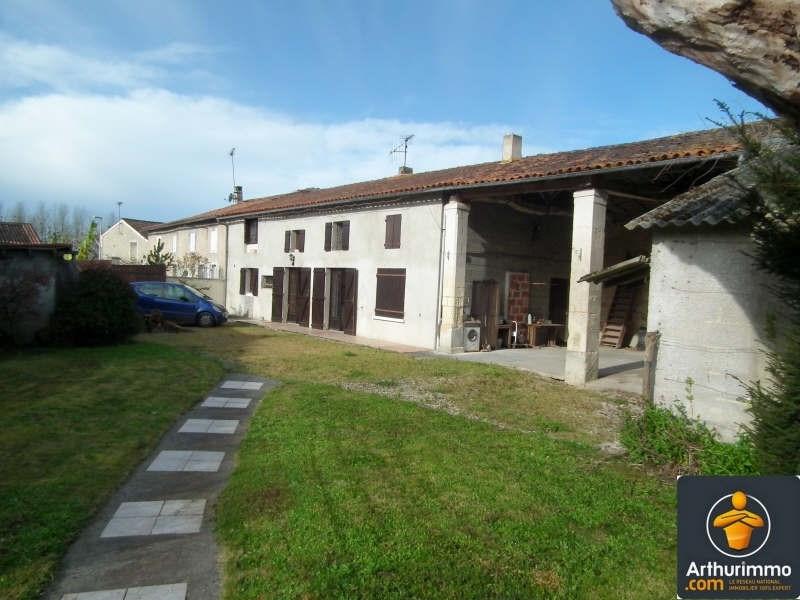 Sale house / villa Matha 138450€ - Picture 1