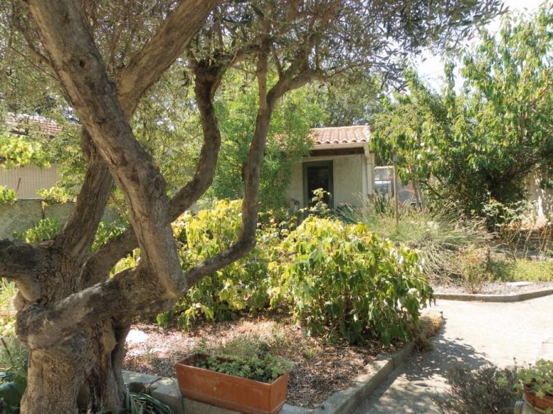 Sale house / villa Villeneuve les avignon 365000€ - Picture 2