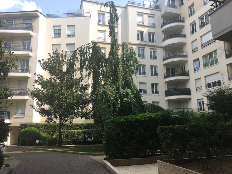 Rental apartment Colombes 655€ CC - Picture 1