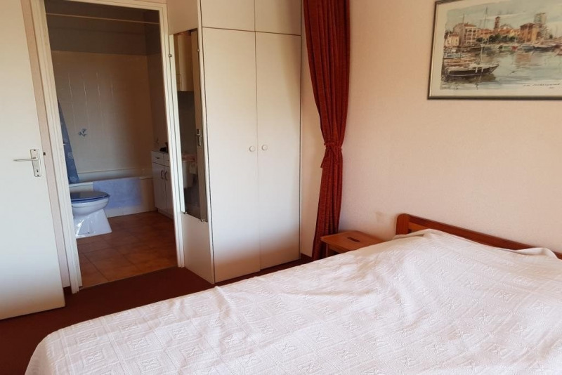 Sale apartment Ste maxime 99000€ - Picture 4