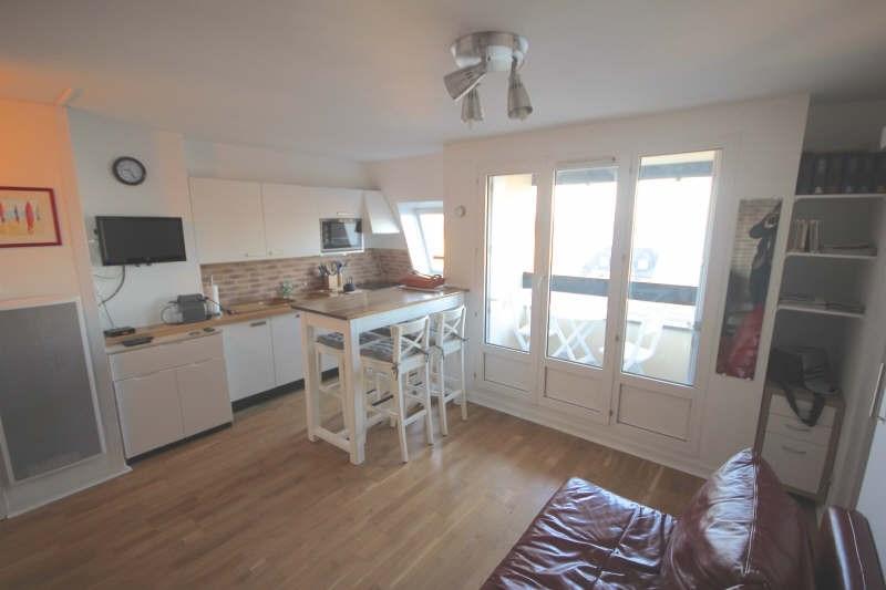 Deluxe sale apartment Villers sur mer 198000€ - Picture 2