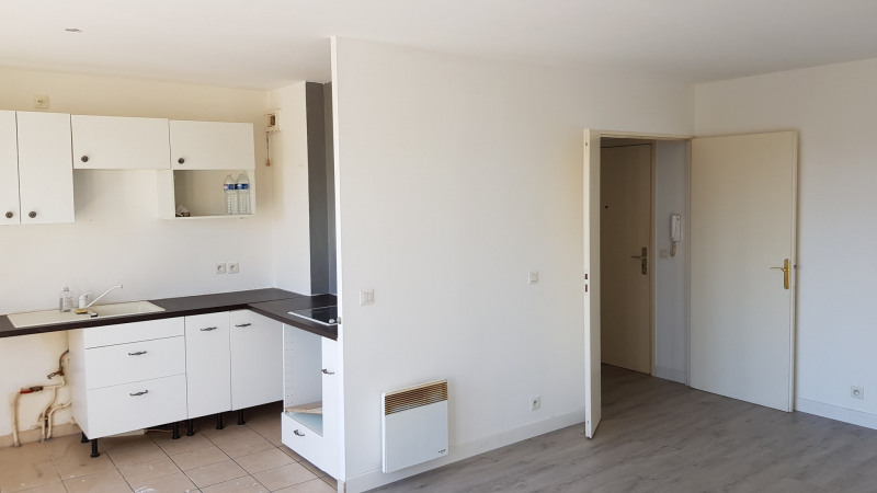 Sale apartment Montlhery 194 250€ - Picture 2
