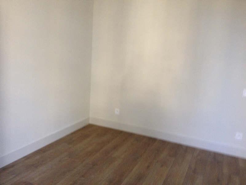 Verhuren  appartement Nimes 752€ CC - Foto 8