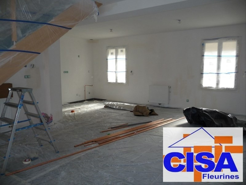 Location maison / villa Sacy le petit 890€ CC - Photo 4