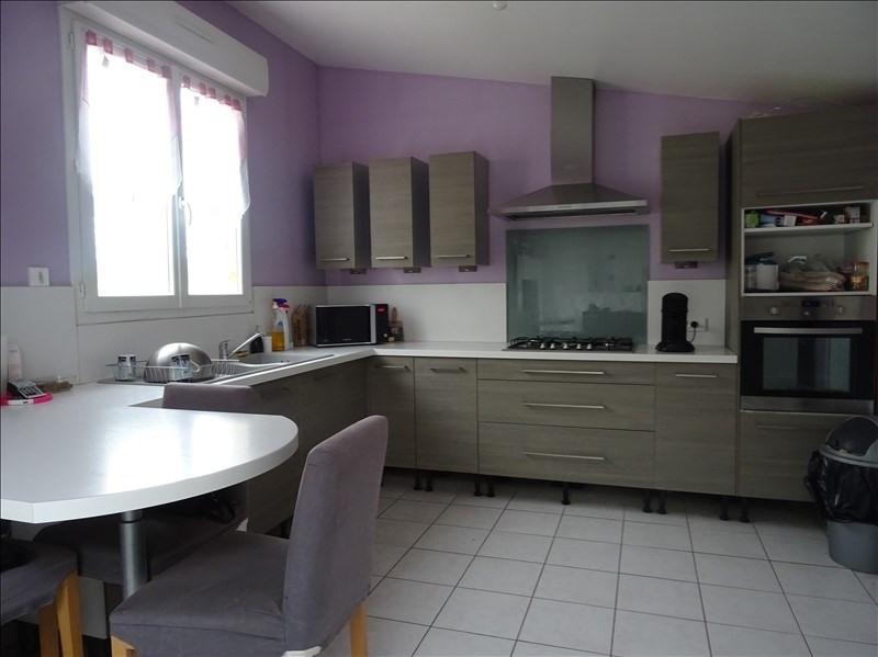 Sale house / villa Ste maure 177000€ - Picture 2