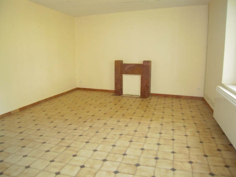 Location maison / villa Cressanges 433€ CC - Photo 3