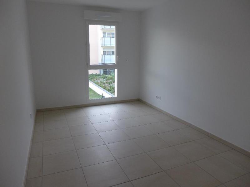 Rental apartment Vernaison 735€ CC - Picture 5