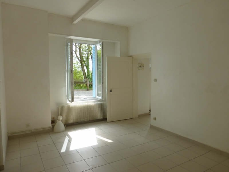 Rental apartment Voiron 438€ CC - Picture 3