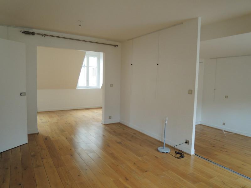 Rental apartment Paris 3ème 2679€ CC - Picture 4