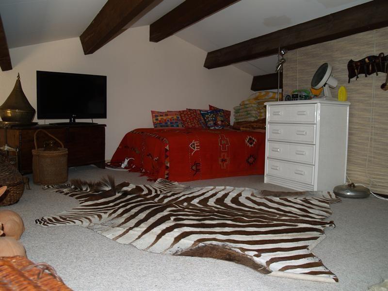 Sale house / villa Les issambres 341250€ - Picture 10