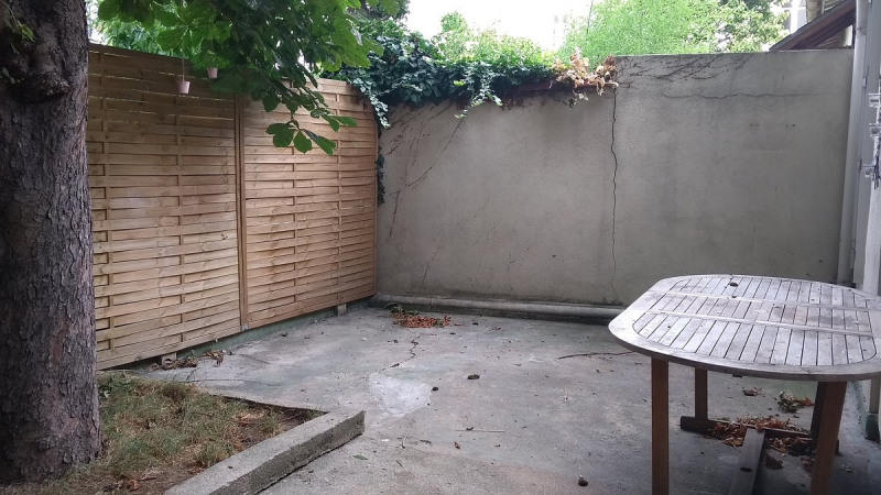 Location maison / villa Courbevoie 882€ CC - Photo 2