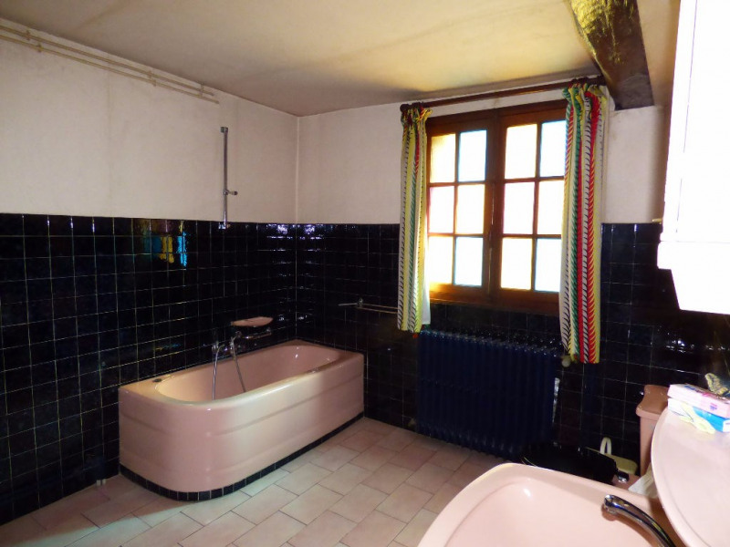 Sale house / villa Les andelys 107000€ - Picture 8