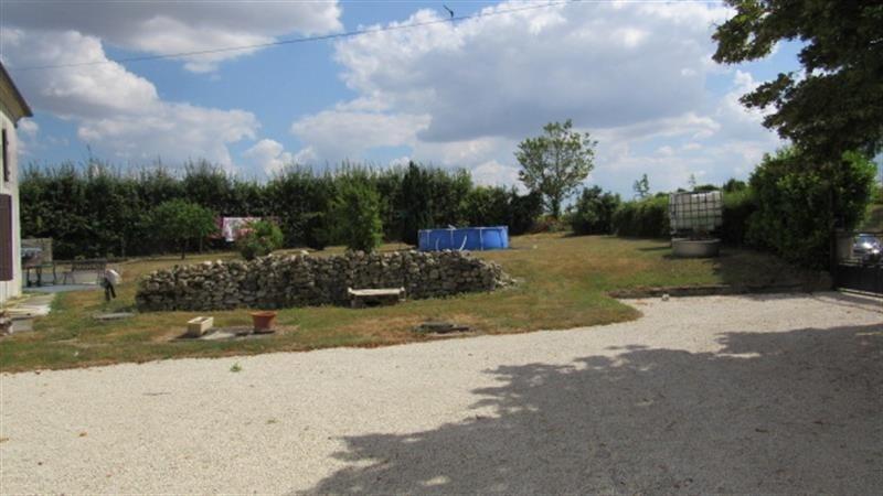 Sale house / villa Saint-denis-du-pin 127500€ - Picture 2