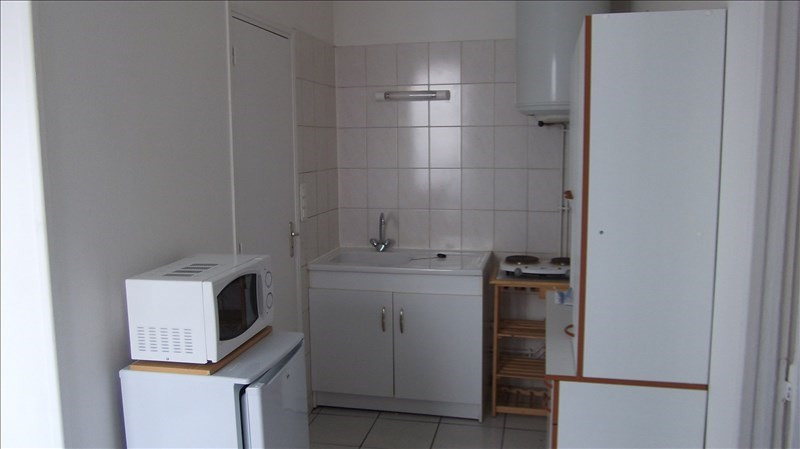 Rental apartment Auxerre 330€ +CH - Picture 2