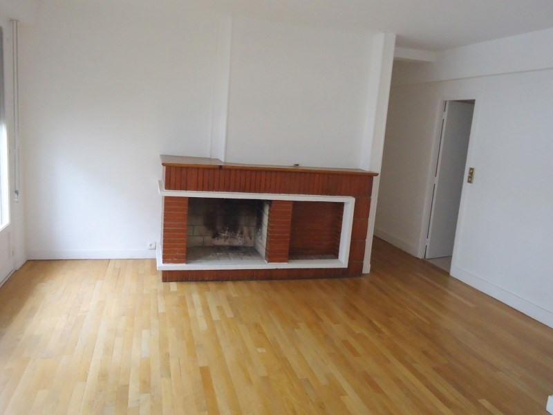Sale apartment Lisieux 99 000€ - Picture 2