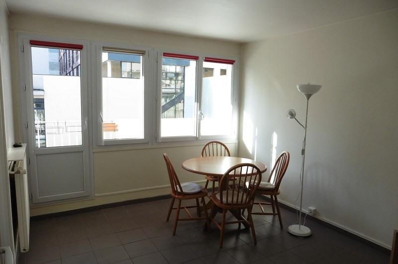 Rental apartment Paris 13ème 840€ CC - Picture 3