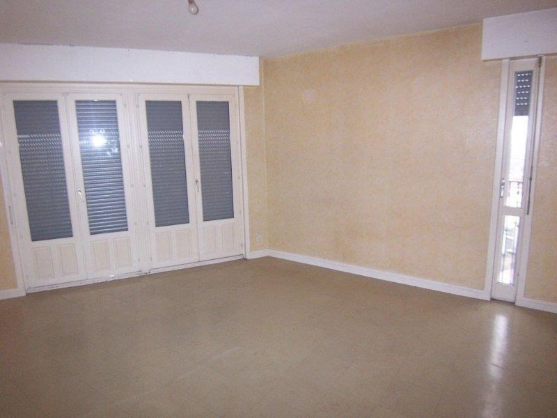 Rental apartment Troyes 390€ CC - Picture 3
