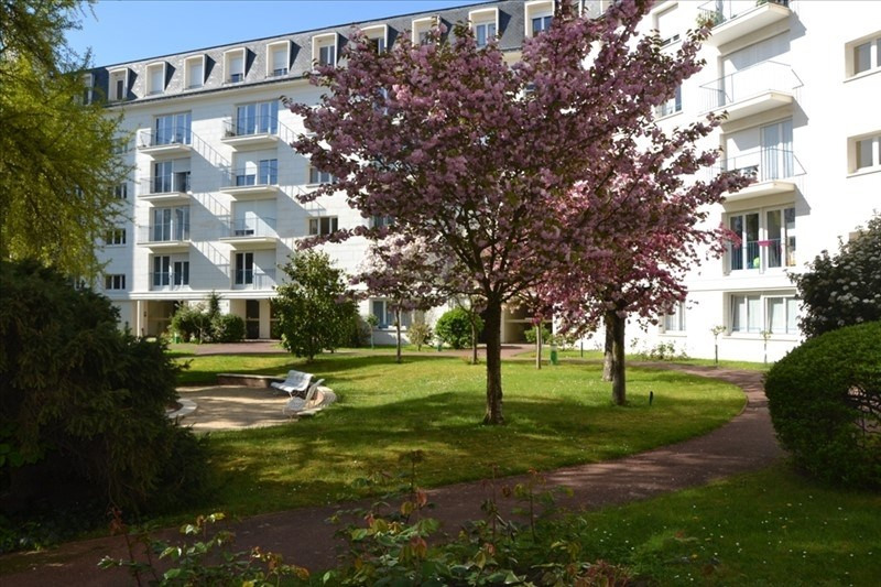 Location appartement Versailles 1 580€ CC - Photo 2