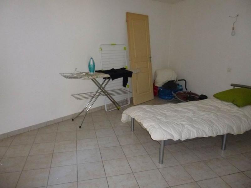 Location appartement Entraigues sur la sorgue 490€ CC - Photo 5