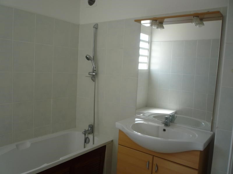 Sale apartment St denis 120 000€ - Picture 2