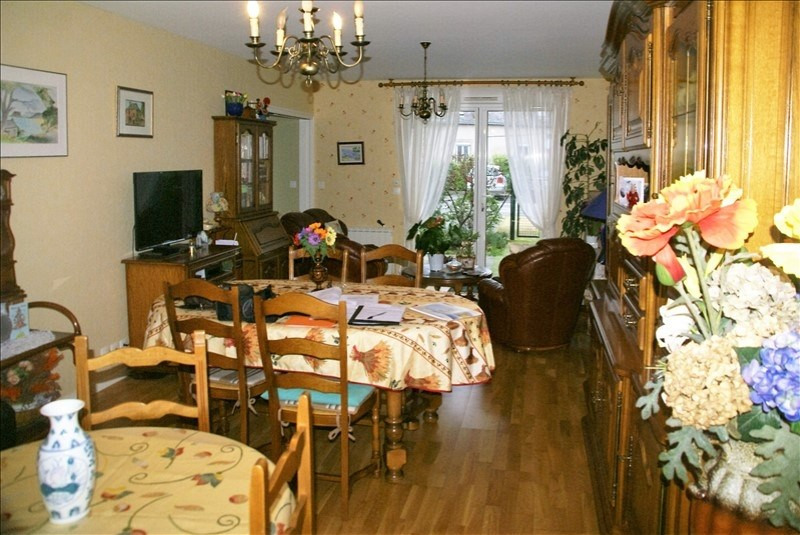 Sale apartment Quimperle 168480€ - Picture 2