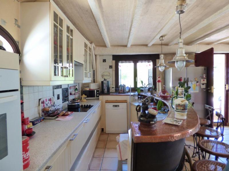 Sale house / villa Les andelys 299000€ - Picture 4