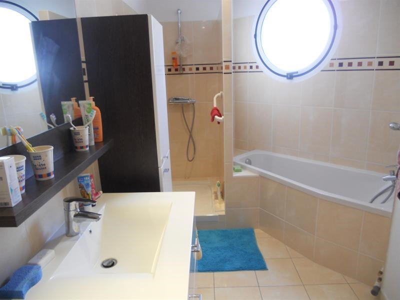 Vacation rental apartment Royan 722€ - Picture 10