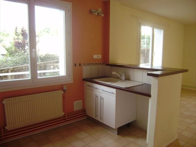 Rental apartment Le puy en velay 491,75€ CC - Picture 6