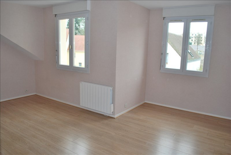 Rental apartment Rambouillet 525€ CC - Picture 2