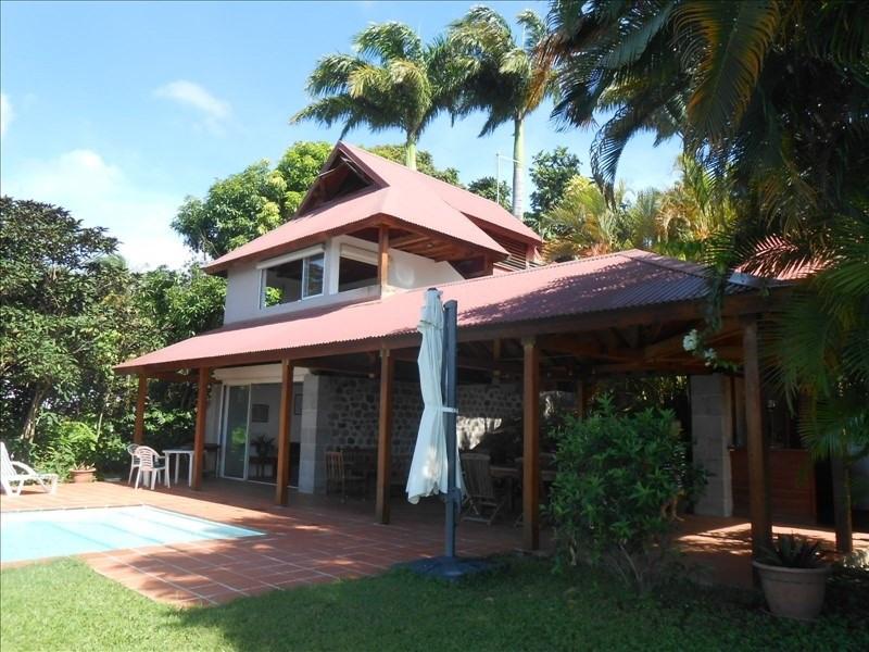 Sale house / villa St claude 397000€ - Picture 1