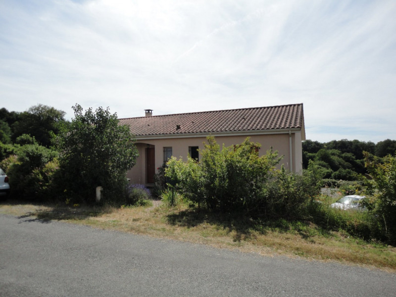 Sale house / villa Sainte-marie-de-vaux 172000€ - Picture 2