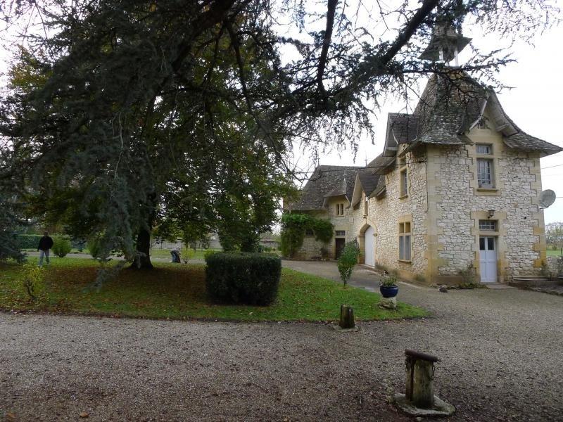 Deluxe sale chateau Ste foy la grande 754000€ - Picture 2