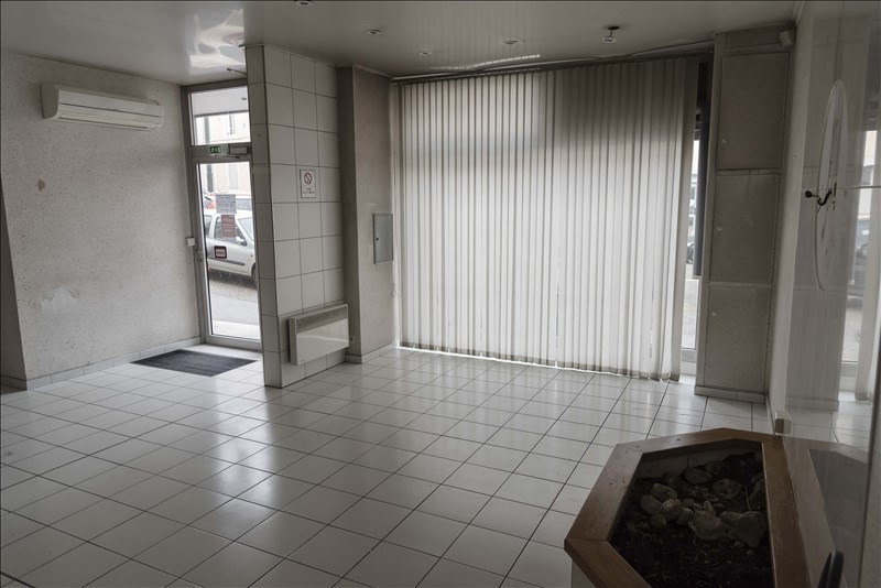 Location boutique Oyonnax 600€ HT/HC - Photo 2