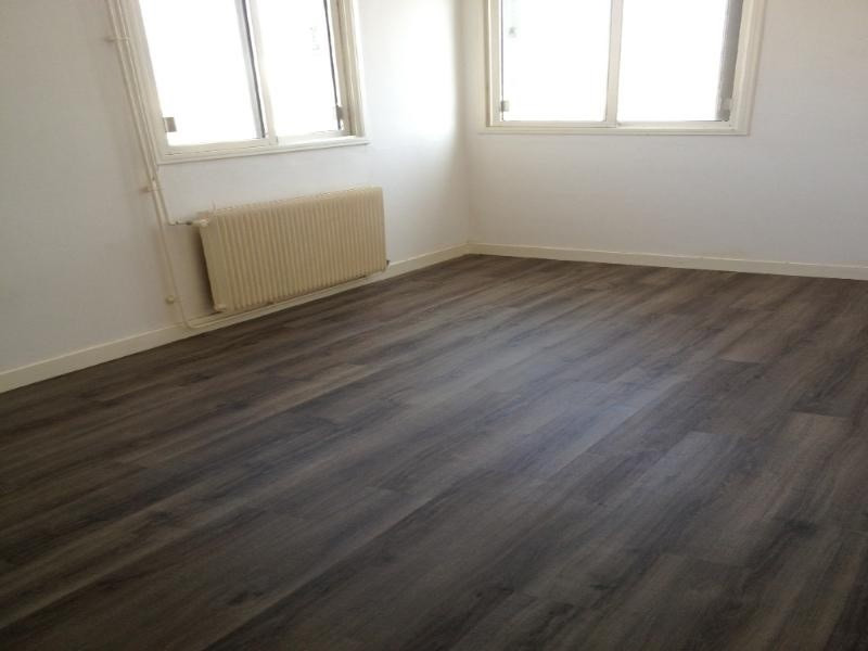 Location appartement Fontaine 580€ CC - Photo 1