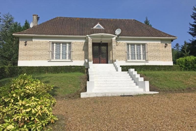 Sale house / villa Rambouillet 480000€ - Picture 1