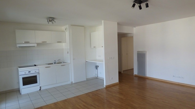 Rental apartment Ville la grand 1 122€ CC - Picture 2