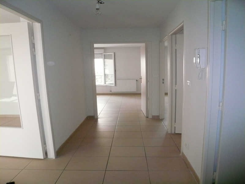 Location appartement Nimes 730€ CC - Photo 2