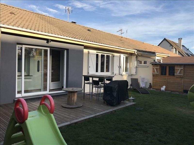 Sale house / villa Les clayes sous bois 330000€ - Picture 1