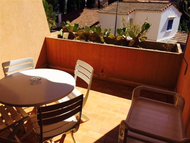 Vacation rental apartment Cavalaire 300€ - Picture 2