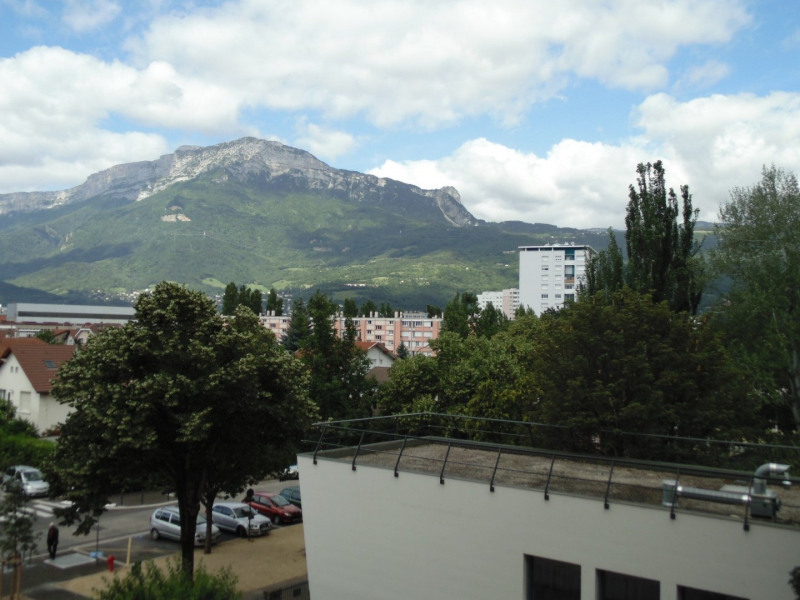Sale apartment Grenoble 144 000€ - Picture 2