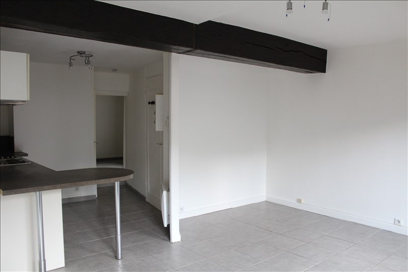 Location appartement Auxerre 450€ CC - Photo 4