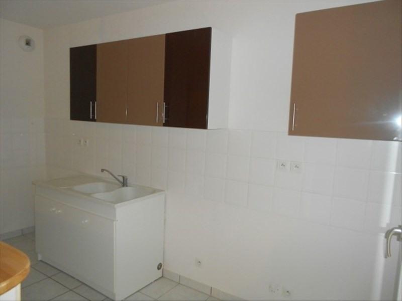 Rental apartment Vendome 620€ CC - Picture 3
