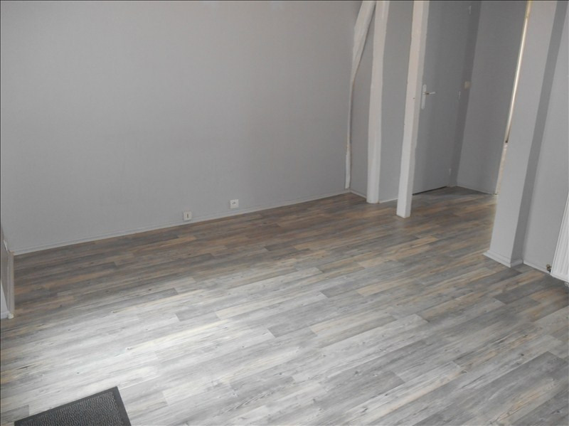 Rental apartment Troyes 440€ CC - Picture 2