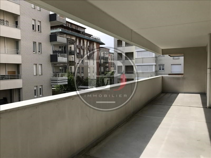 Rental apartment St germain en laye 910€ CC - Picture 2
