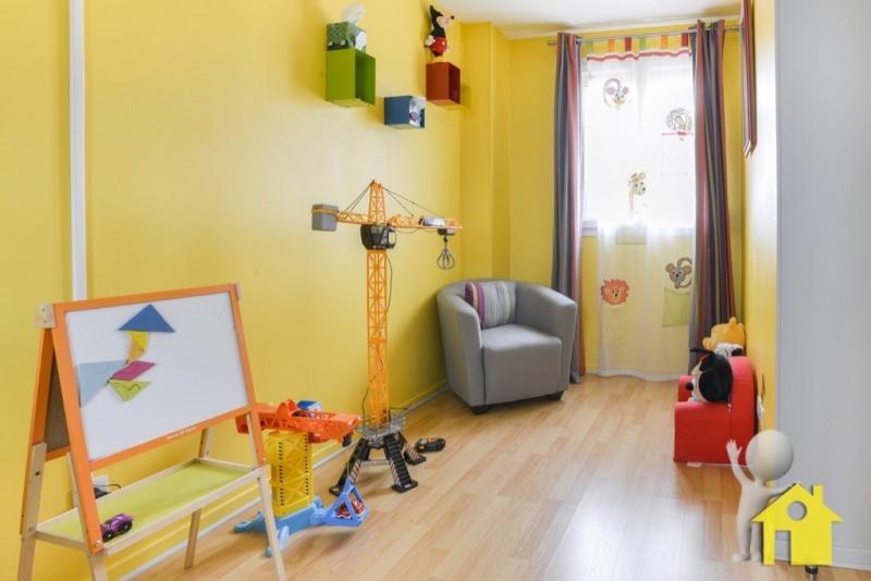 Sale house / villa Neuilly en thelle 217300€ - Picture 9