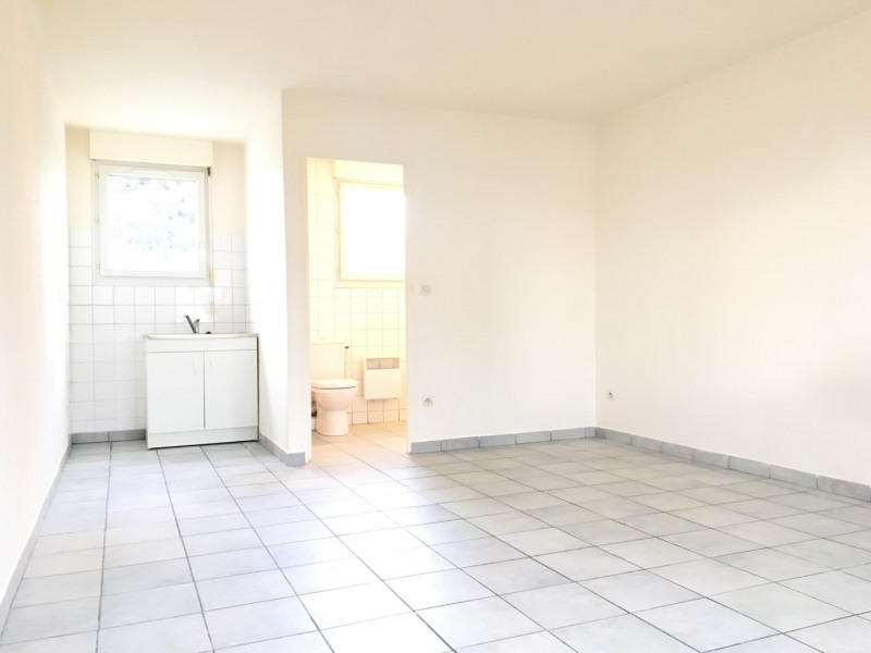 Location appartement Pierrelaye 518€ CC - Photo 1