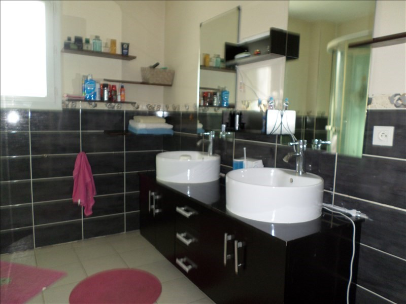 Sale house / villa 5 mn thoirette 170000€ - Picture 7